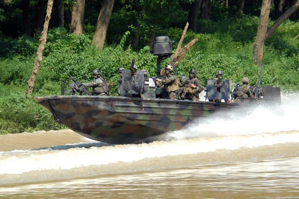 070824-N-4500G-189